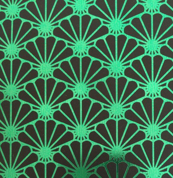 Nahaufnahme Metallic Shell green