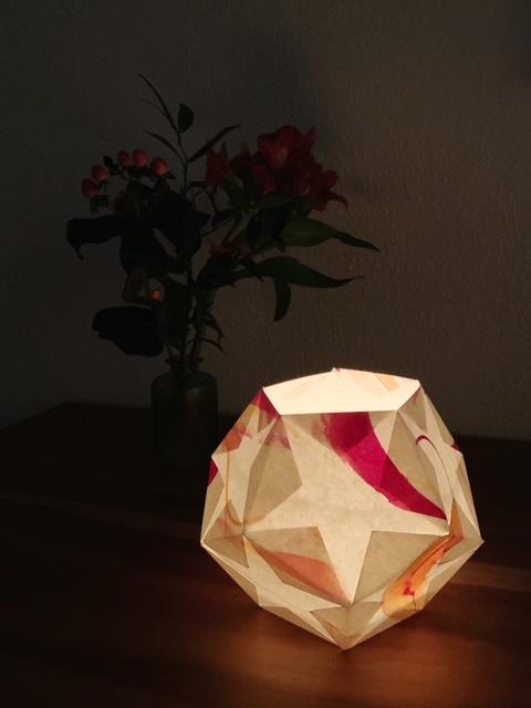 Windlicht aus Papier